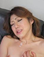 セクシー美熟女西尾玲奈さんが登場!バイブオナニーでイキまくり!濃いザーメンを口内射精で受け止めてくれます!