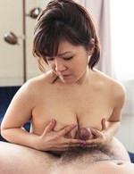 Ichika Asagiri Asian wants cum in mouth after rubs dick with cans