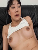 Miho Wakabayashi with big cans gets vibrator on hairy love box