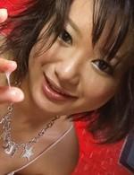 垂涎ボディ!現役女子大生内山遥ちゃんが豪快なトリプルフェラ。バキュームでチンポを吸い尽くし、連続の口内射精&パイ射!