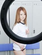 イケイケスレンダーギャル坂本ひかるチャンのコスプレ撮影会。お勧めはやはりJK。制服・体操服&ブルマに股間が厚くなります!