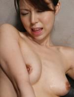 Gorgeous Rino Asuka oils herself up for frisky vibrator play