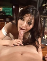 Kanade Otowa licks dick and gets tongue and vibrator on nooky