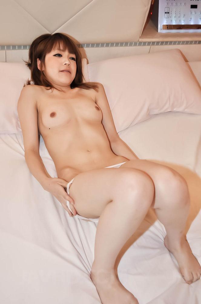 Yui kasuga premium asian porn in threesome mode 8