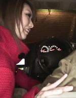 イケイケギャルRINKAが車内で運転手を誘惑フェラ。みるみると怒張していくチンポを喉奥まで咥え込んで、バキューム!
