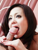 Rui Natsukawa splits her legs wide for a rough tongue lashing