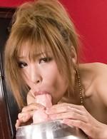 テッカテカの爆乳Gカップを見せ付け桜あいちゃんがローションオナニー。デカディルドに跨り、イクイクとイキまくる!