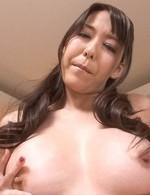 Akari Asagiri Asian feels orgasm coming while fucking with dildo