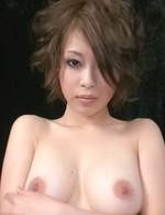 セクシー爆乳牝クジラ・大塚咲ちゃんが、見せ付けオナニー。手マン&指マンで卑猥な音を立て、一気に大噴射で昇天!