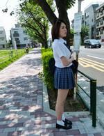 爆乳女子校生沙月由奈ちゃんが乗り込んだのは痴漢バス。フェラ強要から指マン。仕舞には生姦でヤラレ放題!誰も助けてはくれない。