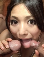Kanade Otowa Asian in lace sucks two dongs before riding them