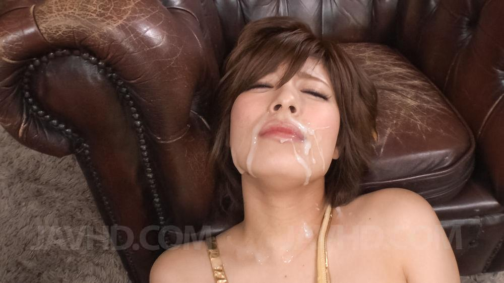 Amateur milf squirts with fleshlight again wet amp messy 10