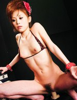 Miina Yoshihara Asian has cum on mouth after sucking two tools