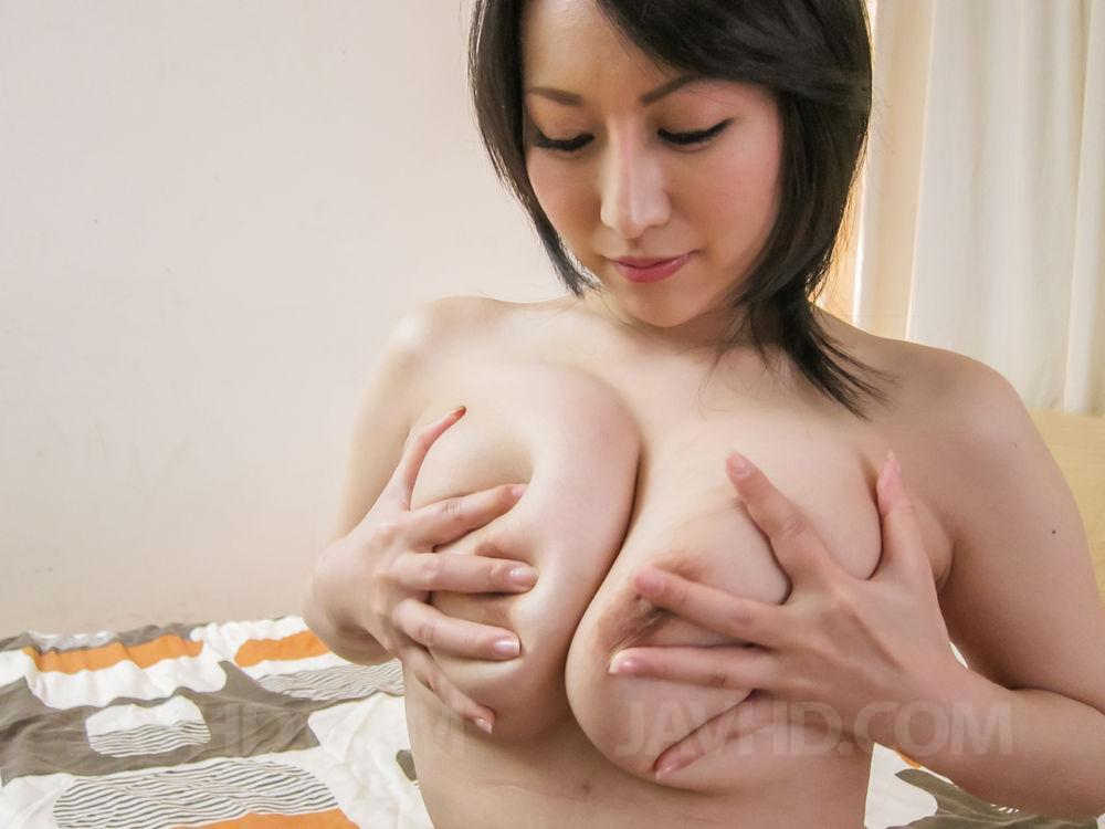 image Subtitles anri hoshizaki in beautiful japanese threesome action