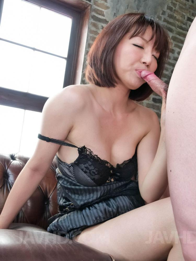 image Izumi manaka hot milf gets ready for a young cock