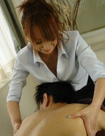 Anna Mizukawa Asian massages man with oil and licks his phallus