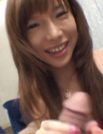 大好きな亀さんを吸い上げるバスティな女神早川瀬里奈ちゃん。ネバネバしたザーメンをお口でキャッチすると、メチャ嬉しそう!