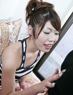 無駄な肉が一切ない!美形スレンダー青山亜里沙ちゃんのフェラテクを堪能しましょう!ディープキスから、しっかりフェラ抜き!