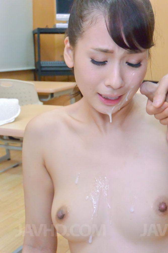 Amateur girl gives handjob in public 5