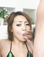 Yuu Shiraishi Asian in green bath suit gets vibrator on vagina