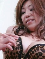 Charming and curvy Naho Hadsuki gets her box full of hot cream