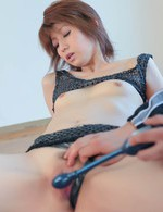 Rei Sasaki Asian gymnast is fingered and gets vibrator on peach
