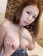 Hiromi Asian dame licks shlong before getting it inside her crack