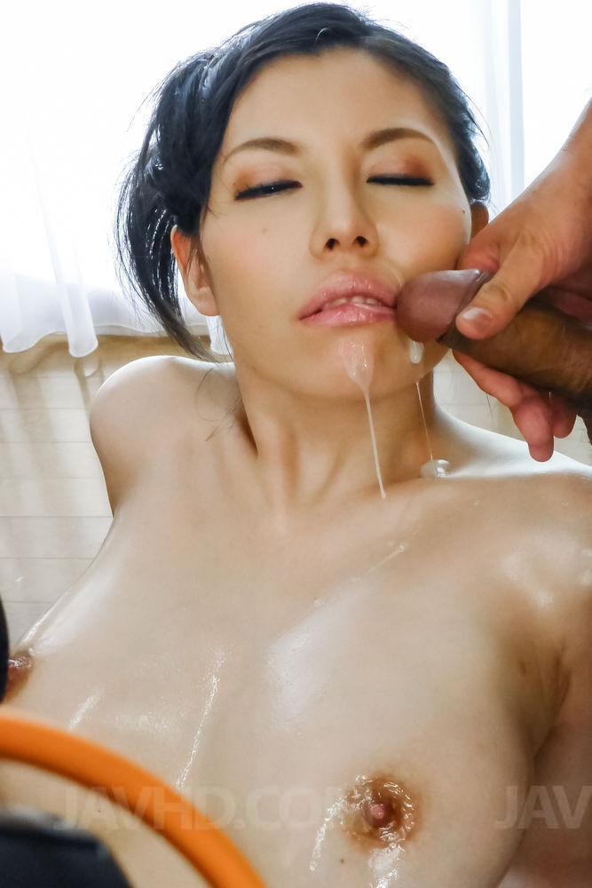 Asian mom cum